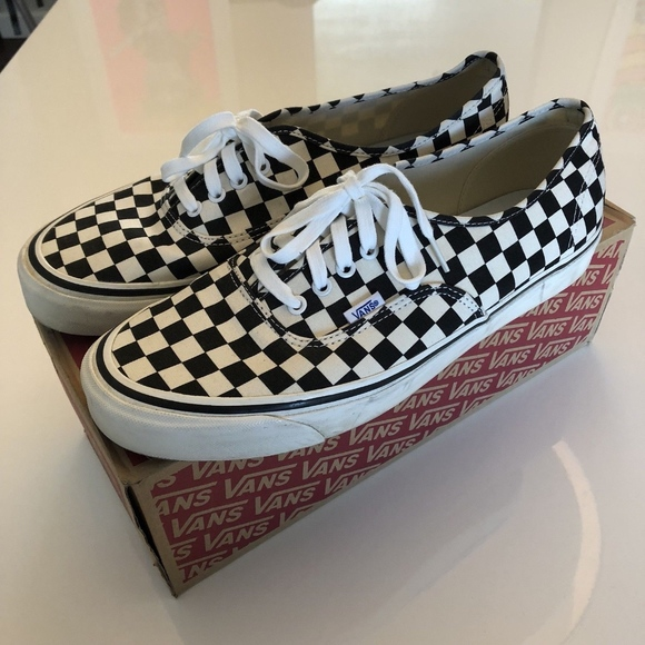 8b2675c2574f Vans Anaheim Factory Authentic 44 DX Size 13 Check.  M 5bb7e147951996885fb27de9